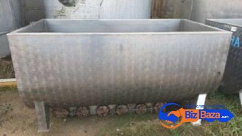 Продаются Ванны творожные, объем 1500 л,