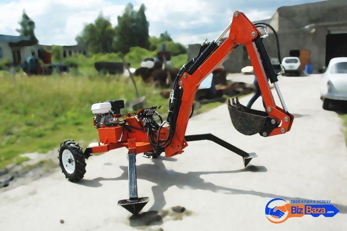 Мини-экскаватор прицепного типа Mini Digger-2500